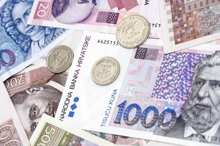 Osječko-baranjska županija raspisala natječaj za stipendiranje studenata poslijediplomskih studija