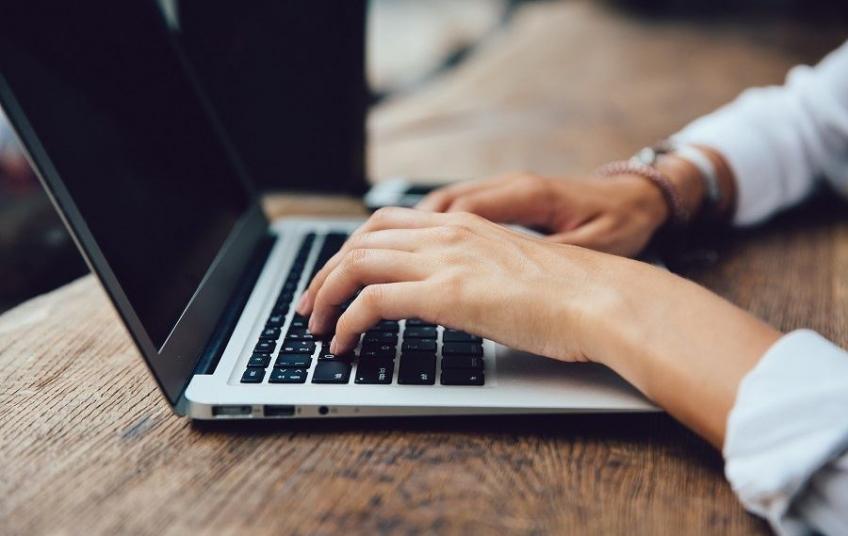 Online platforma za obrazovanje osoba koje rade s mladima